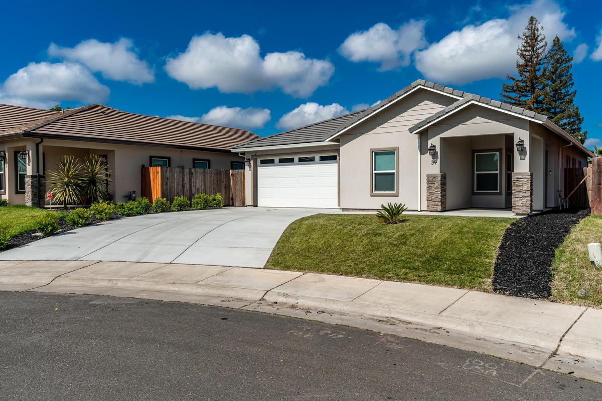 39 Butterwick Ct Sacramento CA-002-002-ASW01469-MLS_Size