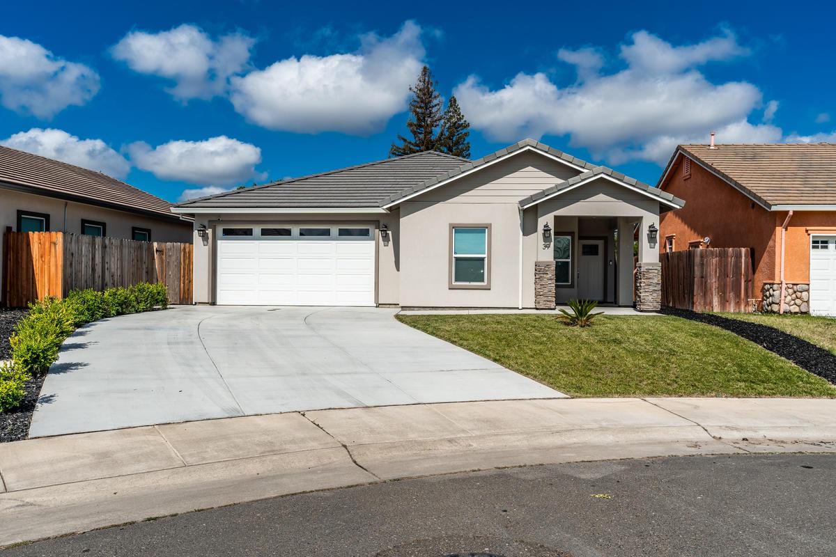 39 Butterwick Ct Sacramento CA-003-005-ASW01470-MLS_Size